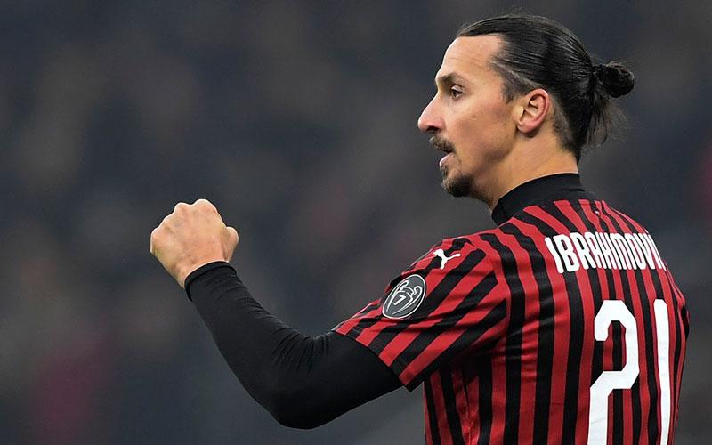 El delantero Zlatan Ibrahimovic da positivo para coronavirus