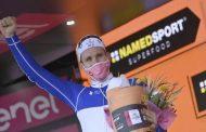 Arnaud Demare gana la etapa 4 del Giro de Italia