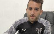 Lucas Villarruel muestra optimismo tras renovar con Liga