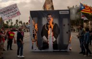 Miles protestan en Barcelona contra visita del rey de España