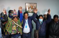 Los sondeos a pie de urna dan el triunfo en primera vuelta al partido de Evo Morales