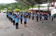 Estudiantes retornan a clases por falta de acceso a internet
