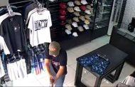 Intento de robo a un local de ropa termina con tres ladrones muertos