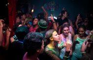 Una fiesta de universitarios provoca más de un centenar de casos de COVID-19