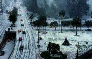 Parques, plazas y avenidas se llenaron de hielo en Quito