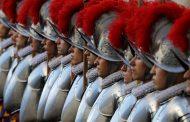 Vaticano: 11 miembros de guardia del Papa tienen coronavirus
